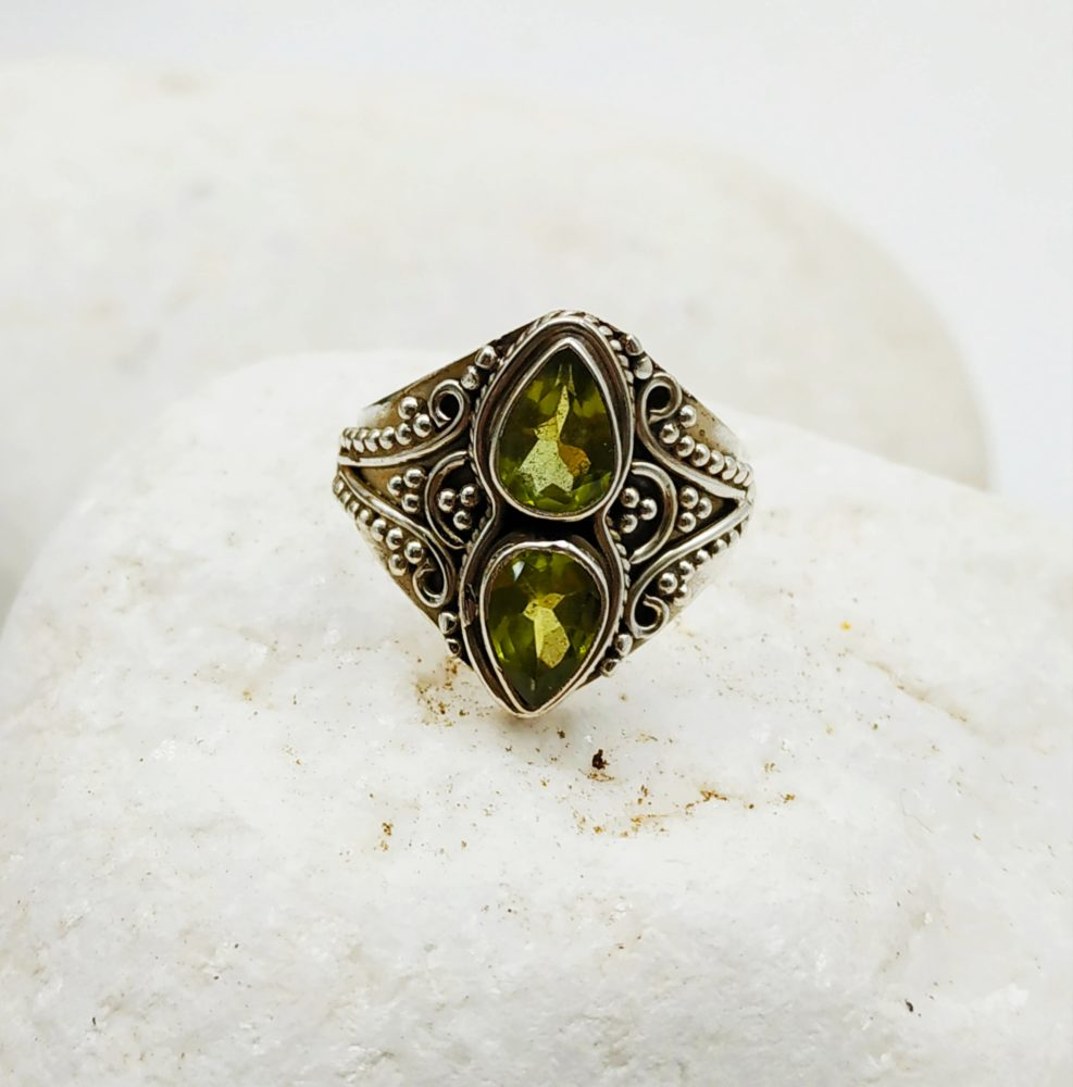 Silver Ring with double peridot stone