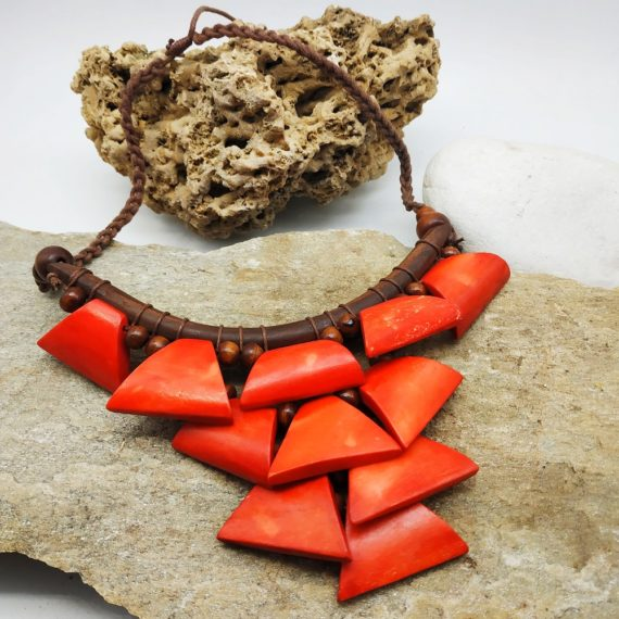 Jungle necklace red 560