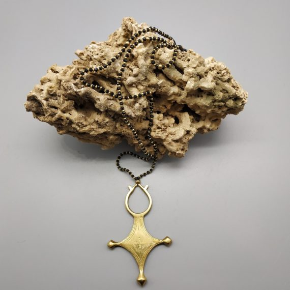1391 Tuareg Cross with black beads