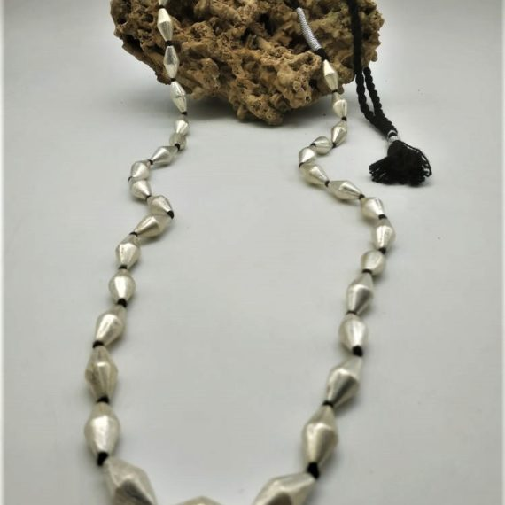 1013 Necklace with brass beads