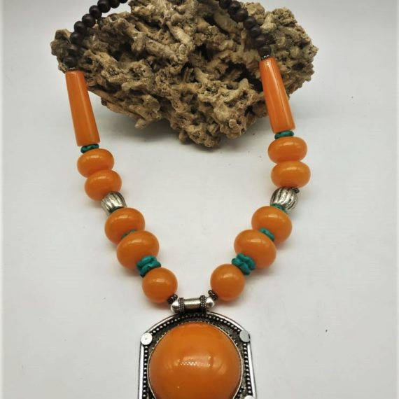 863 Tribal replica necklace with amber color