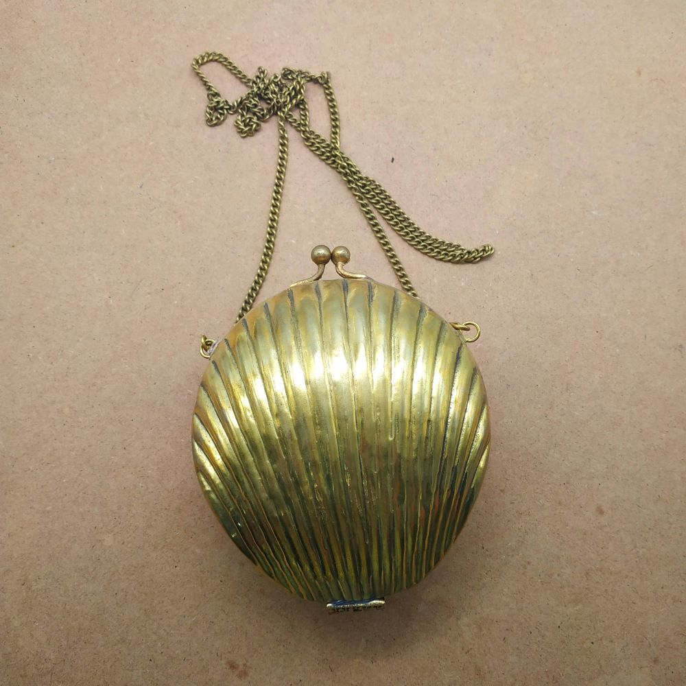 998 Shell shape Brass bag